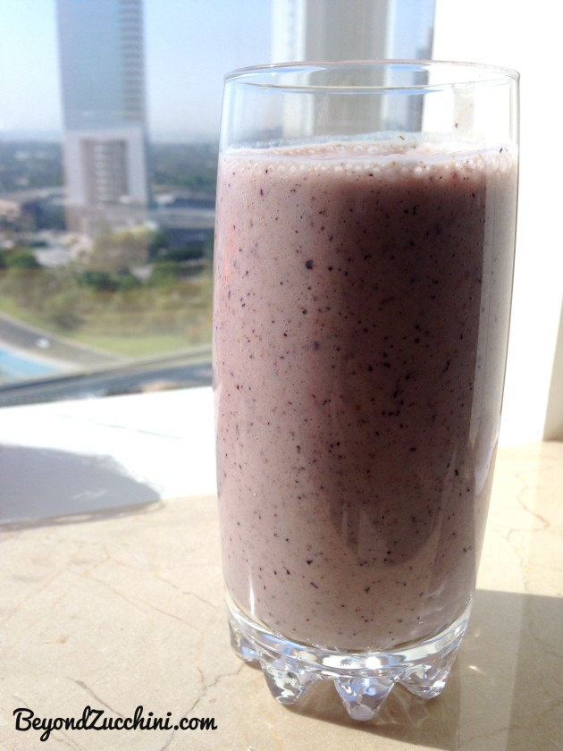 Morning smoothie with ground chia and flax seeds--inspired by Dr. Oz (from his 2-week detox diet plan)