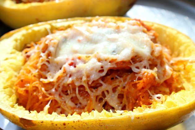 Baked Spaghetti Squash with Spicy Tomato Sauce | Beyond Zucchini
