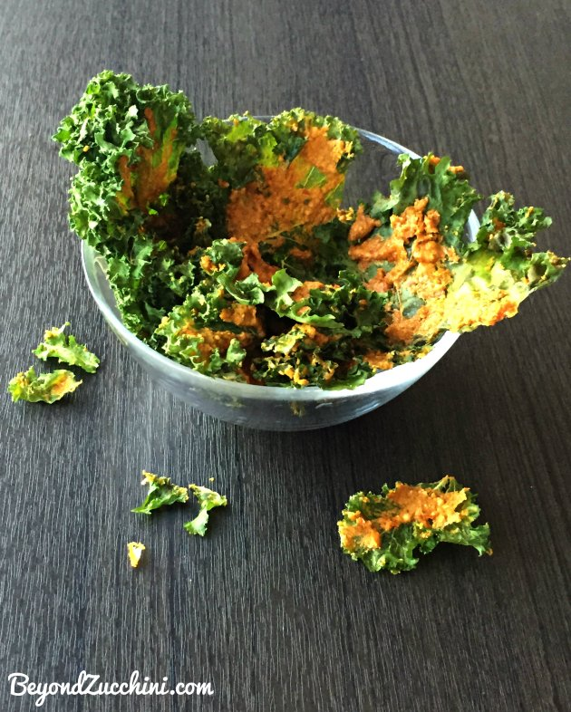 Spicy-Vegan-Cheesy-Kale-Chips  3