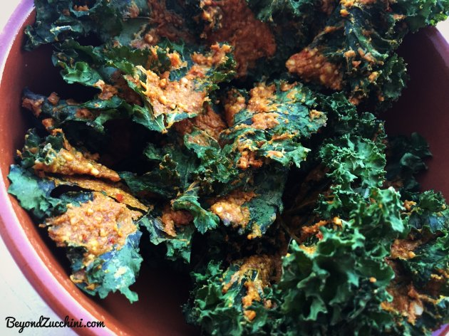 Spicy-Vegan-Cheesy-Kale-Chips-4