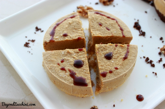 vegan-frozen-pumpkin-cheesecake
